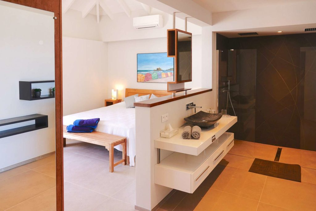 vacation-rental-photo_St-Barthelemy_WV-BLR_Villa-Belharra_St-Barts-Villa-blrbd202_desktop